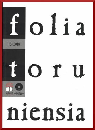 Okładka czasopisma Folia Toruniensia, nr 18/ 2018. Logo Książnicy Kopernikańskiej i Uniwersytetu Mikołaja Kopernika. Okładka biała ,z lewej strony czarny pas